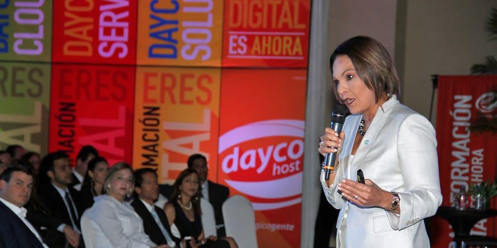 Mariadela Larrazábal Durante El Lanzamiento De Daycohost 3.0
